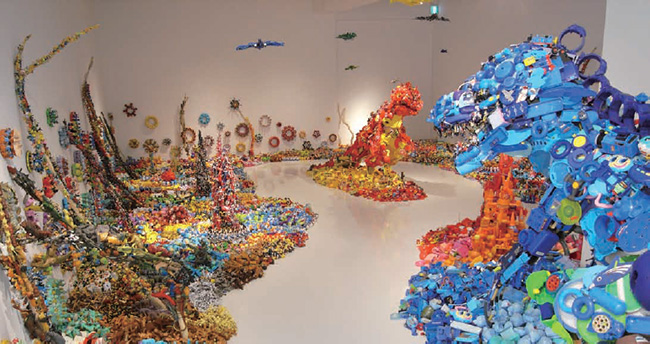 Hiroshi Fuji Solo Exhibition - Central Kaeru Station - Where have all these toys come from?