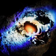 千葉麻十佳展「The Melting Point; 石がゆらぐとき」