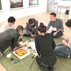 アートの森 de ピクニック ー 対話型美術鑑賞 ー